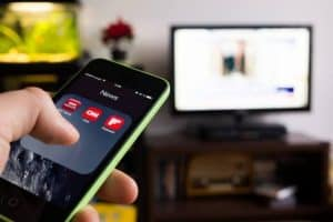 Come collegare l'iPhone alla TV?