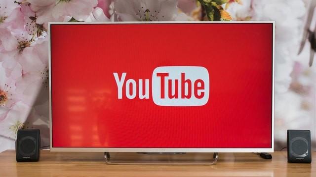 Come vedere YouTube su Smart TV e sulla TV normale